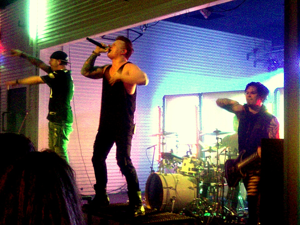 Concert Review — Rock 92 7 and Brewster Street Ice House